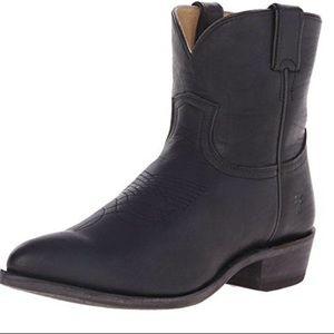 Frye Billy Short Boot Size 9B